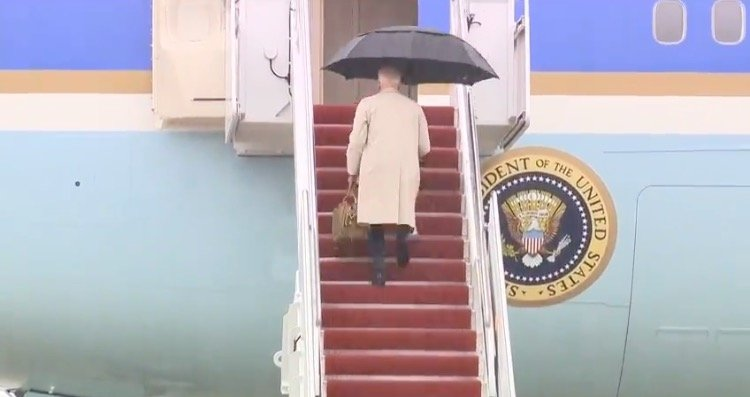 joe-biden-nearly-slips-going-up-steps-to-board-air-force-one-video