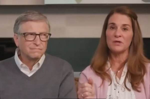 creepy-bill-gates-and-his-wife-are-getting-a-divorce-after-27-years-of-marriage