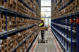 Singapore e-commerce players face challenges in logistics and delivery