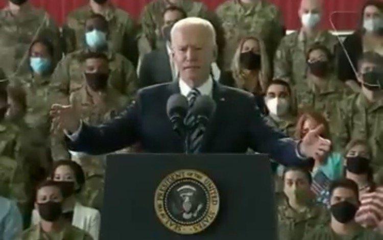 i-keep-forgetting-im-president-video