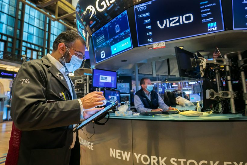 stock-futures-mixed-ahead-of-major-corporate-earnings