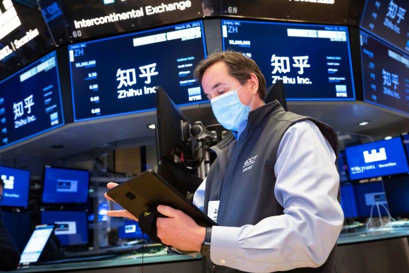 stock-futures-are-flat-ahead-of-earnings-season-kickoff