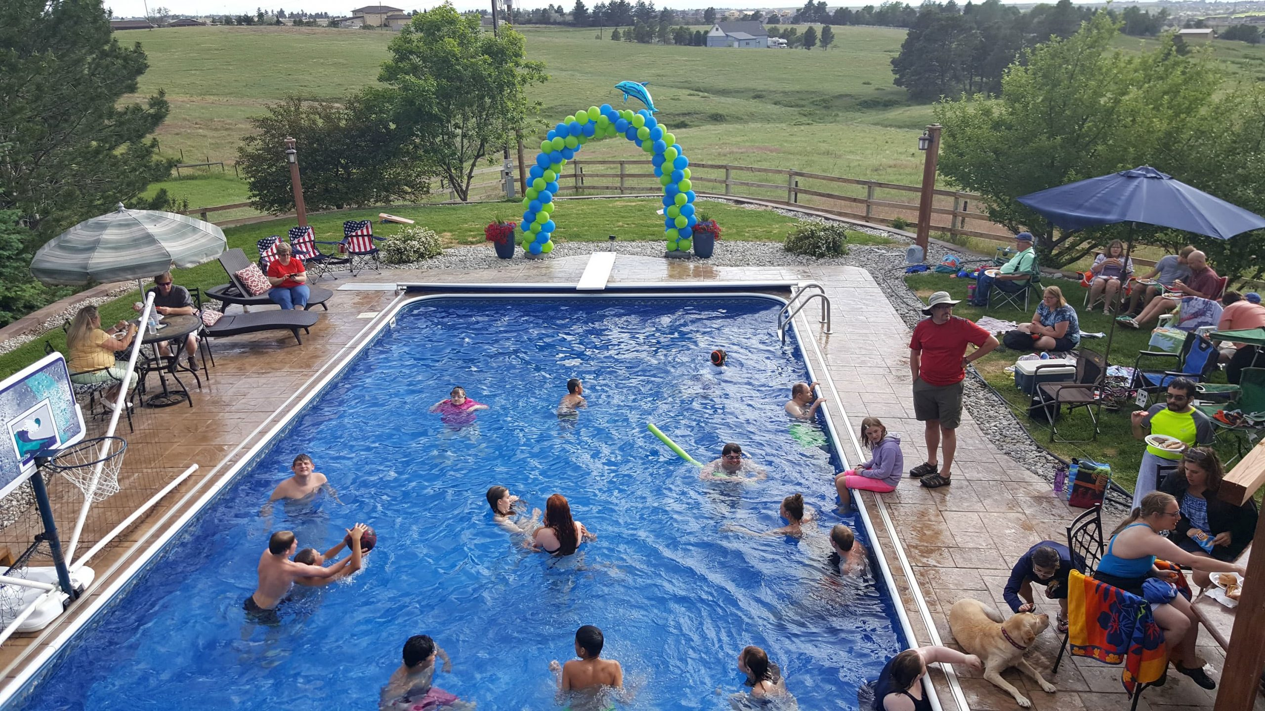 renting-out-your-pool-for-cash
