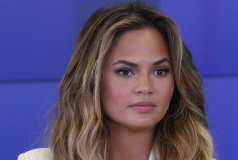liberal-chrissy-teigen-caves-after-just-23-days-of-quitting-twitter-admits-it-feels-terrible-to-silence-yourself