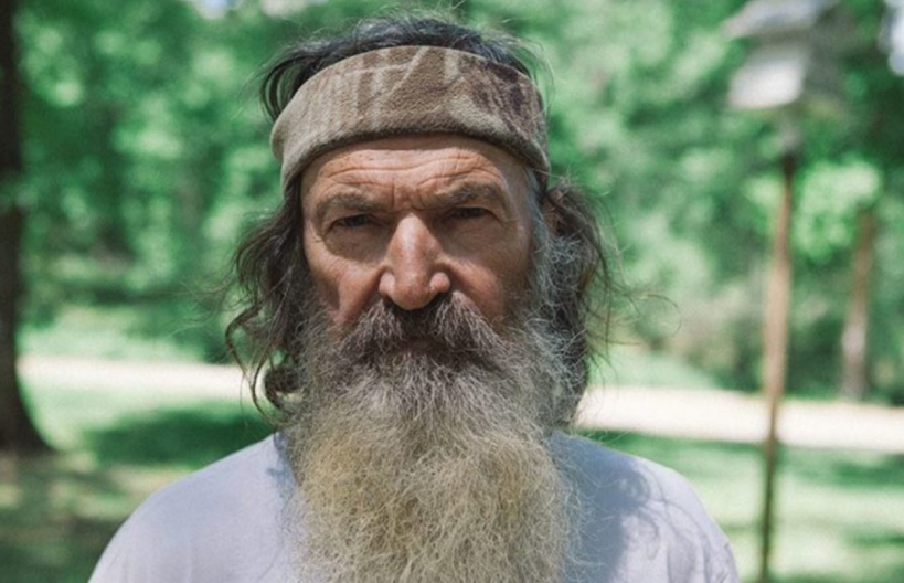 watch-duck-dynasty-phil-robertson-says-america-needs-to-man-up-what-in-the-world-happened-to-americas-manhood