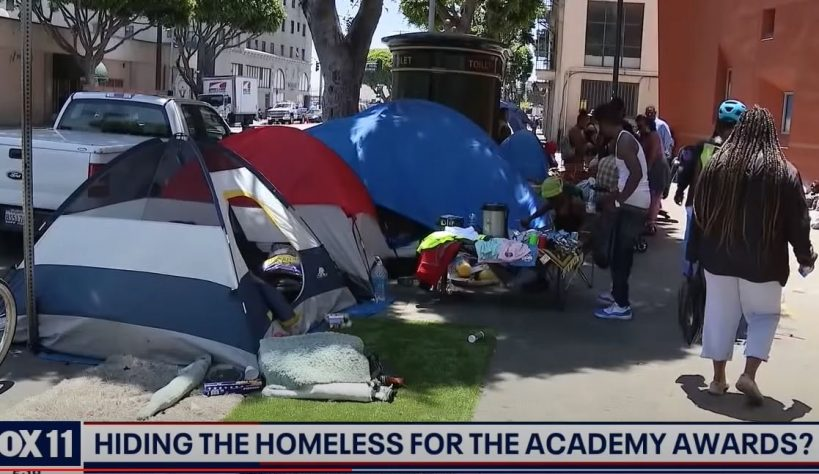 los-angeles-hypocrites-remove-homeless-camp-and-erect-fence-to-protect-the-stars-at-oscars