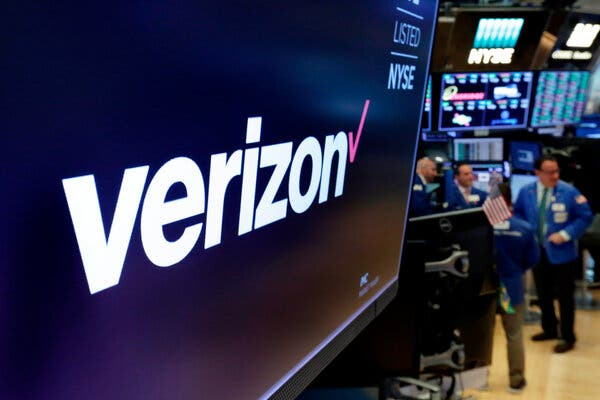 verizon-will-sell-yahoo-and-aol-to-apollo-live-updates