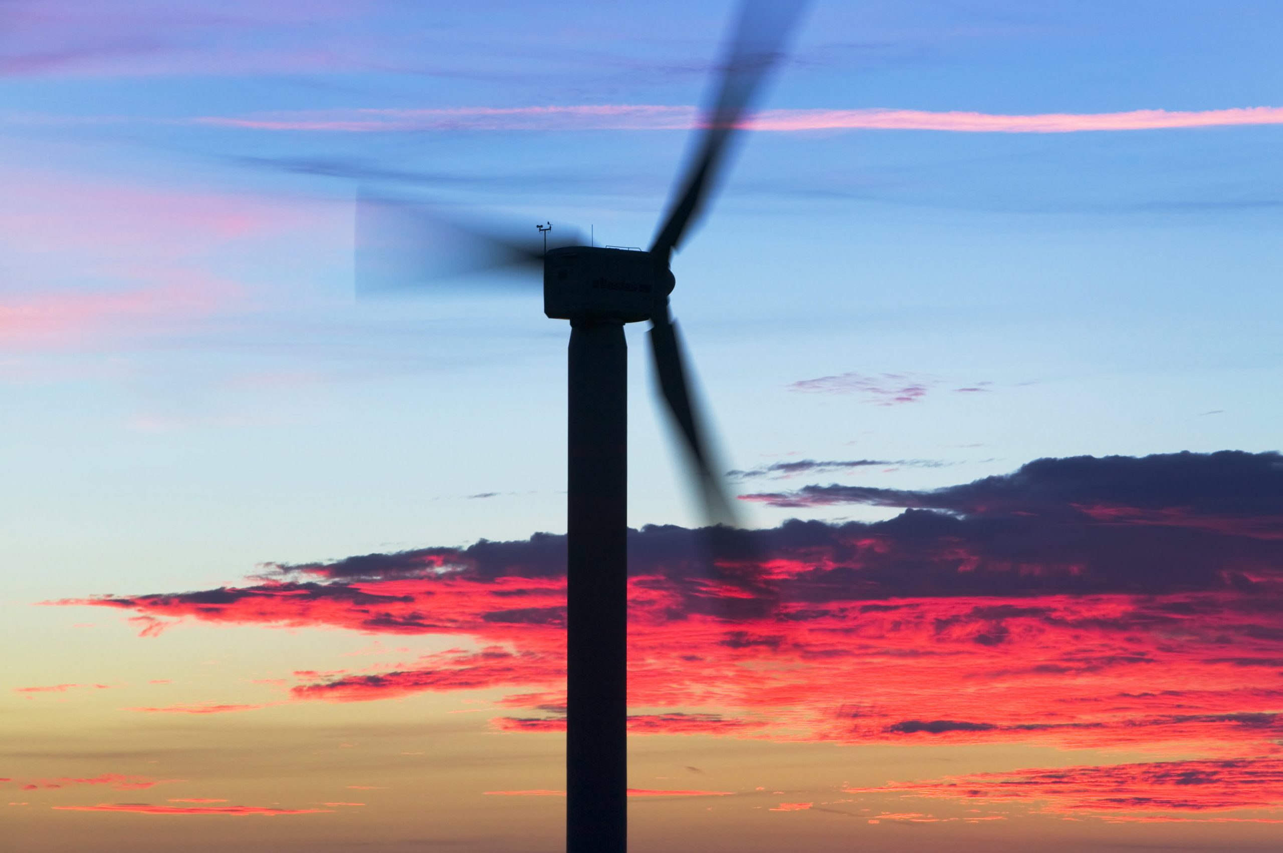 cornwall-home-of-the-g-7-summit-embraces-push-to-renewable-energy